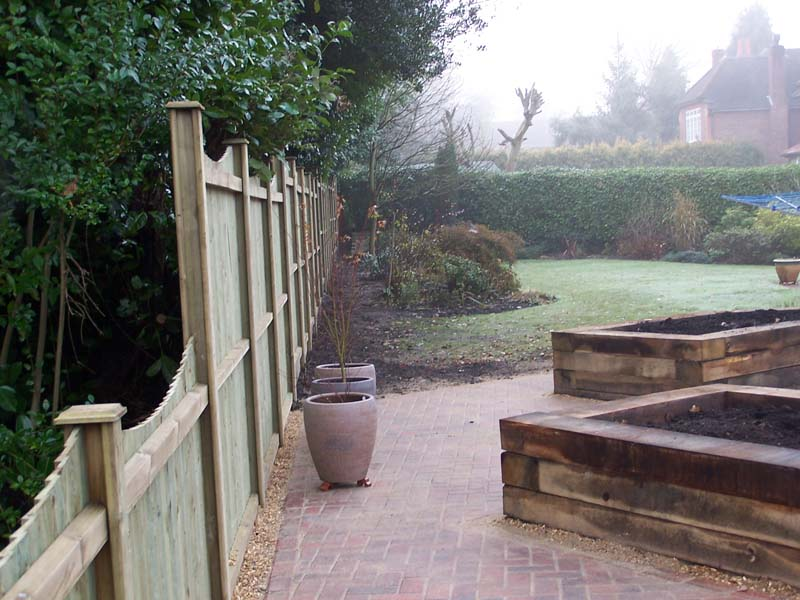 Andrews landscaping complete makeovers guildford for Garden design for disabled
